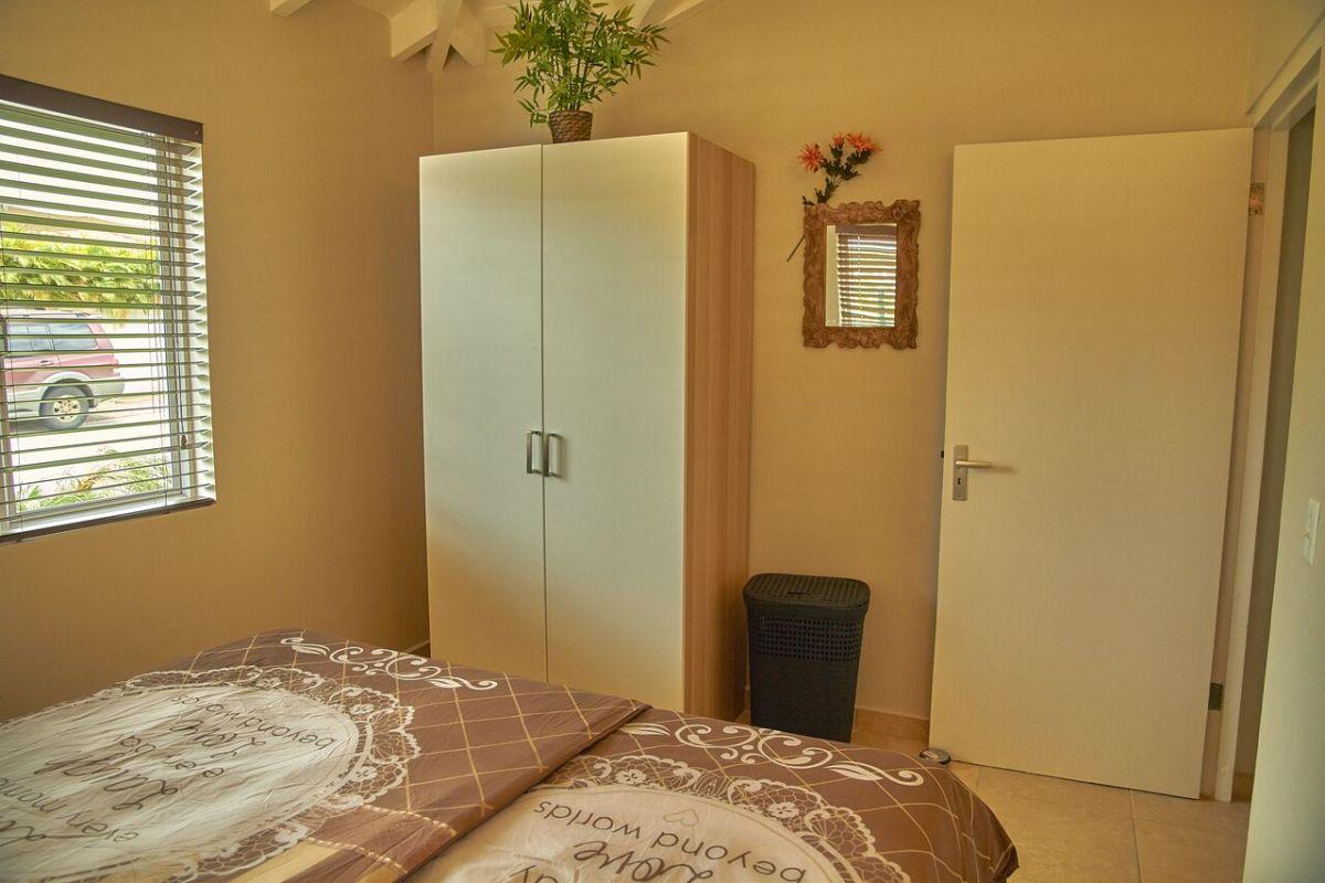 Slaapkamer Kasten Groot : Gallery of slaapkamer kast hoogglans wit meubels voor kleine